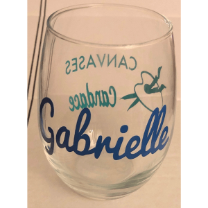 custom wine glass with logo1